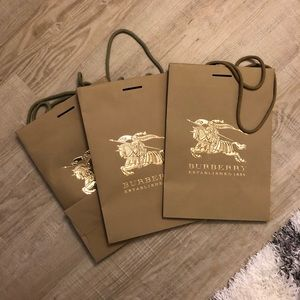 3 Burberry Shopping bags
